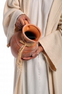 7903713-handen-van-jezus-gieten-van-water-uit-jar--allegorie-van